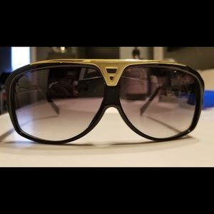 Authentic Louis Vuitton sunglasses unisex